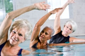 Aktywność fizyczna i zdrowe odżywianie, czyli jak zachować młodość mimo upływu lat.